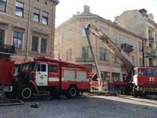 Во время пожара во Львове пострадал один человек