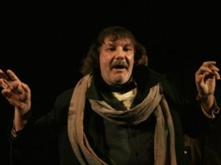 Известный актер умер на вокзале в Ивано-Франковске