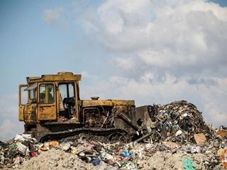 В Киевской области нашли 40 тонн львовского мусора