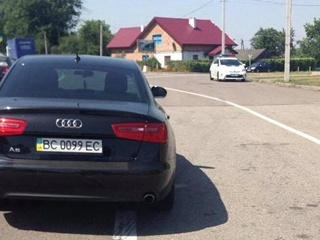 СМИ: нардепа от БПП поймали пьяным за рулем во Львове