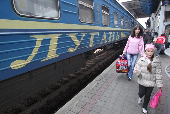 Жительница Луганска на