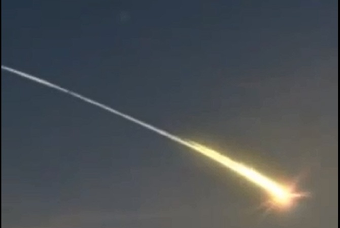 Огромный метеорит сгорел над США (ВИДЕО)