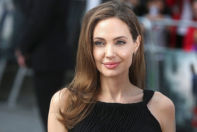 Анджелина Джоли попала в ДТП