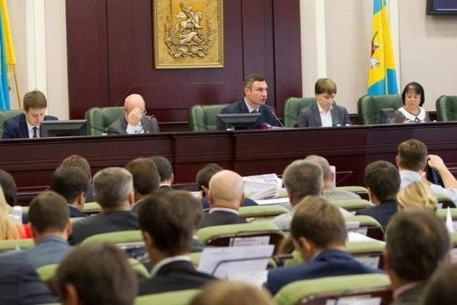Киевским депутатам выдадут планшеты за счет бюджета