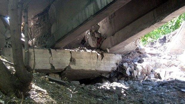 В зоне АТО разрушен еще один железнодорожный мост