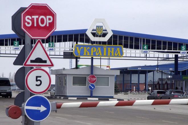 Ситуация на украинско-польской границе: в очередях на пунктах пропуска стоят более 300 автомобилей