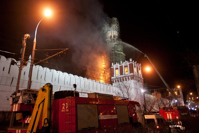 В Москве горел Новодевичий