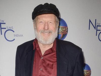 ВЛос-Анджелесе умер актер ипевец Теодор Бикель