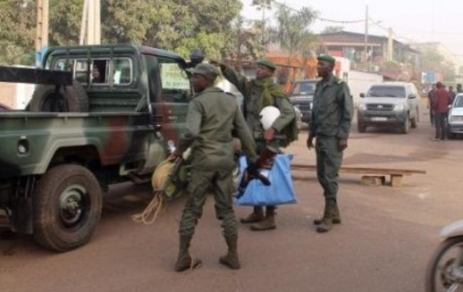 Количество погибших украинцев в Мали увеличилось В Мали погибли двое наших граждан