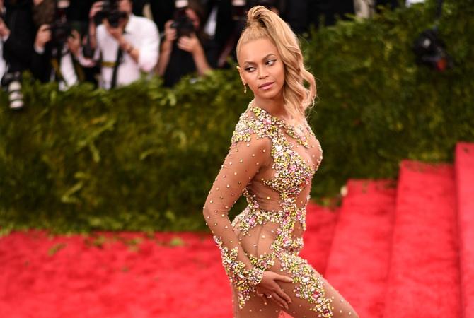 Бейонсе позировала в прозрачном платье для журнала'Vogue                       Бейонсе расскажет о влиянии своего творч