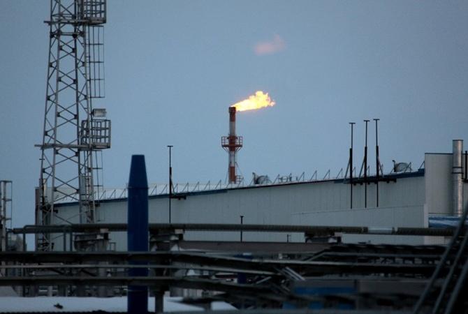 'Газпром требует от Украины почти 30 миллиардов долларов                      'Газпром подал встречный иск против'Нафтогаз