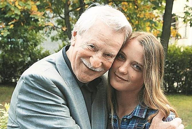 Молодая жена актера Ивана Краско посвятила 84-летнему супругу поэму