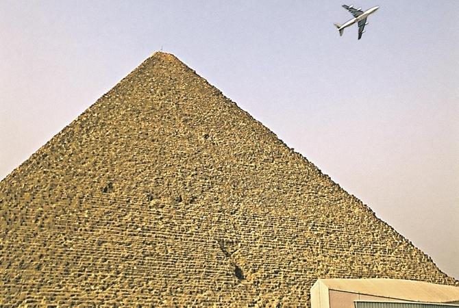 СМИ Запрет России на полеты в Египет может продлиться годы                       Запрет на полеты из России в Египет может
