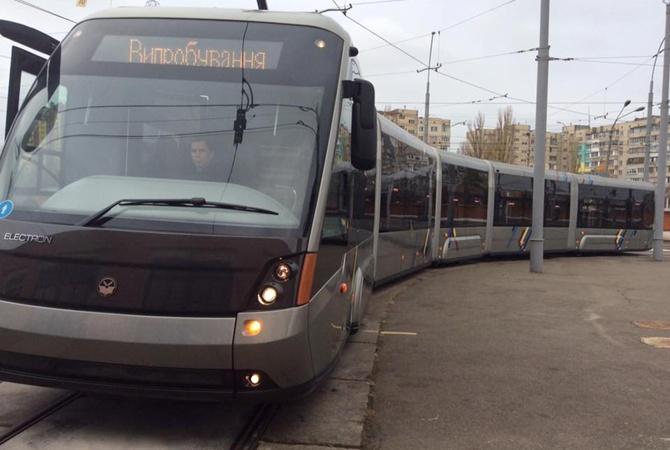 Просторный пассажирский салон, кондиционеры и wi-fi: в Украине выпустили новую модель трамвая - Цензор.НЕТ 5854