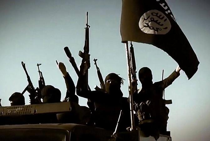 Франция нанесла авиаудар поИГ вСирии впервый раз после терактов вПариже