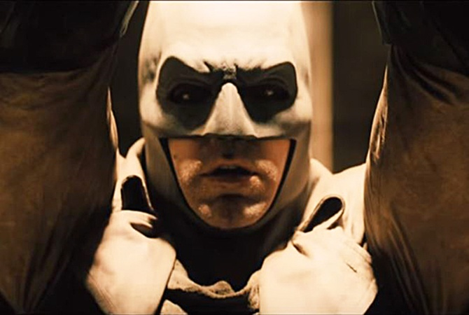 В сети появился новый тизер самого дорогого боевика-'Бэтмен против Супермена