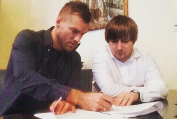 «Динамо» Киев и«Арсенал» договорились отрансфере Ярмоленко летом