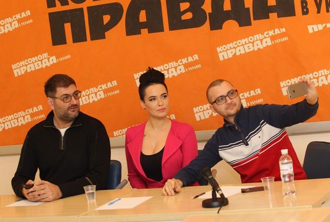 Русские актрисы на гинекологическом кресле фото 690-892