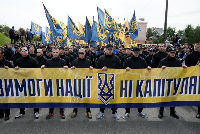 Полагаю, что за теперешним митингом «Азова» вКиеве стоит Порошенко— Александр Чаленко