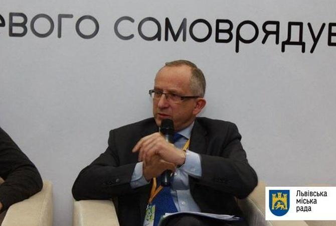 Публикация данных ожурналистах вредит репутации Украины,— Томбинский о«Миротворце»