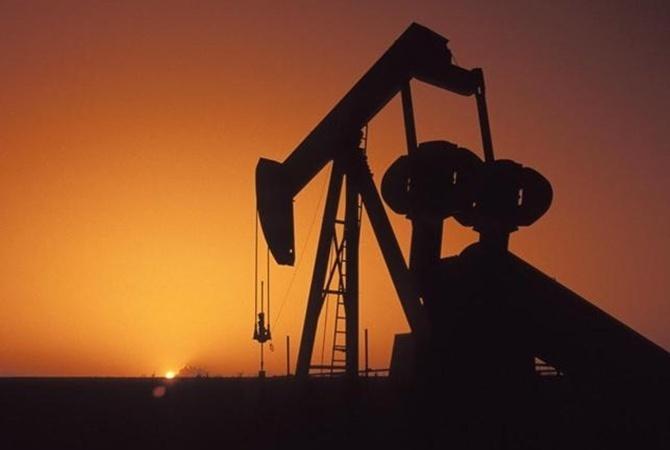 Нефть впервые за полгода преодолела отметку в 50 долларов