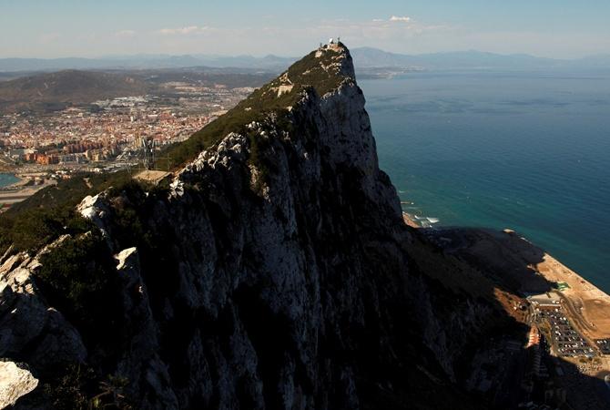 Испания предлагает Великобритании общий суверенитет над Гибралтаром