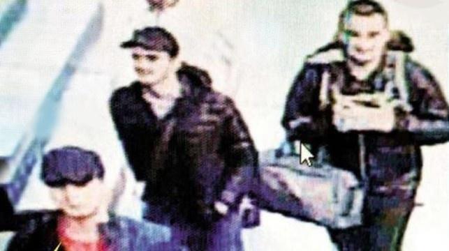 Смертники планировали взять заложников ваэропорту Стамбула