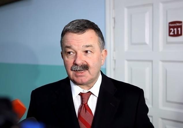 Попавшегося навзяточничестве замминистра здравоохранения выпустили изСИЗО