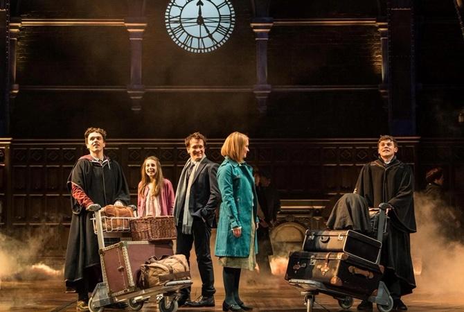 Встолице Англии состоялась премьера спектакля «Гарри Поттер ипроклятое дитя»