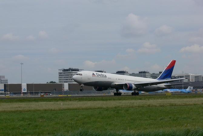 Delta Airlines извинилась зазадержки рейсов— Сбой устранен