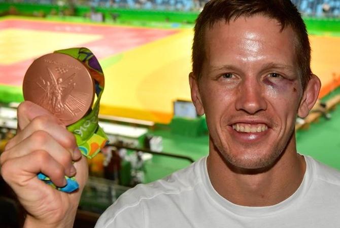 Злоумышленники побили иограбили бронзового призера Рио подзюдо