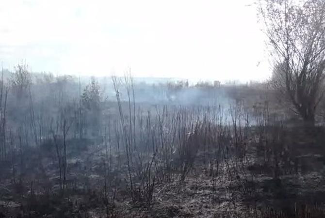 Вокруг украинской столицы полыхает 1,5 гаторфяников