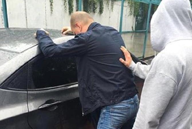 ВКиеве впроцессе получения взятки схвачен госслужащий службы АТО— генпрокуратура