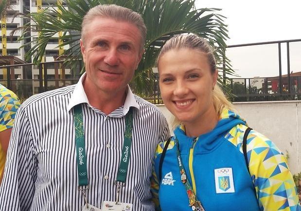 Ольга Харлан— знаменосец Украины назакрытии Олимпийских игр