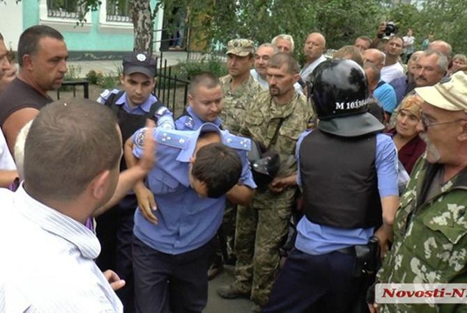 Деканоидзе выехала вКривое Озеро: «местное отделение милиции будет расформировано»