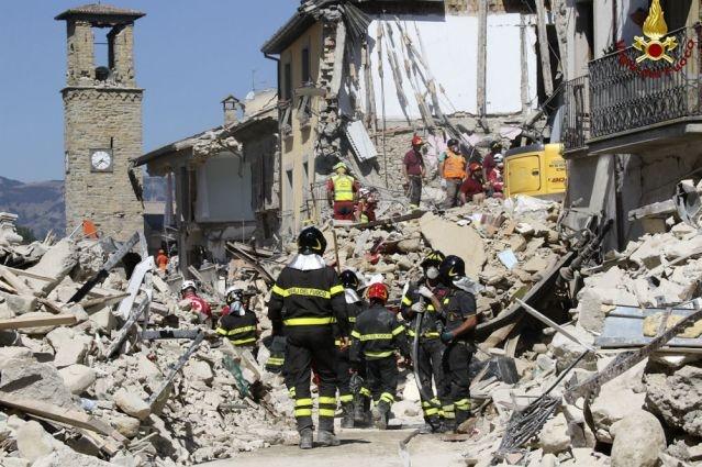Число погибших землетрясения вИталии возросло до278 человек