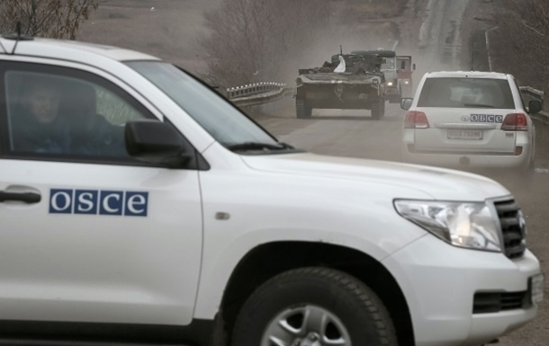 Боевик «ДНР» пригрозил представителям ОБСЕ подорвать мину вихприсутствии