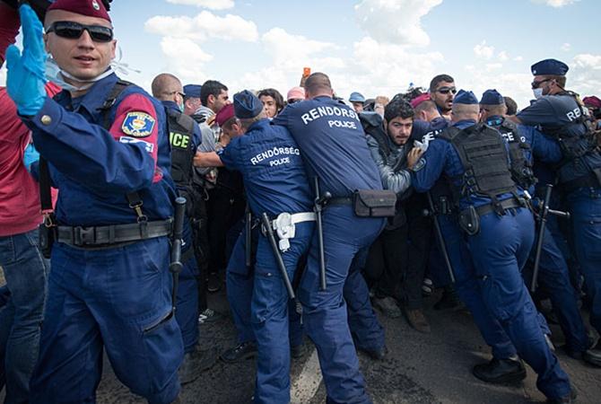 Венгрии потребовались тысячи «охотников» для отлова беженцев