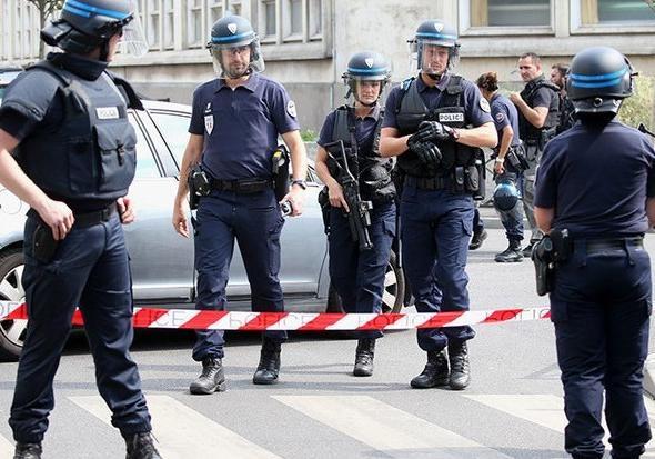 ИзФранции высланы марокканцы, готовившие теракт