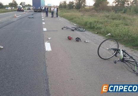Шофёр фуры, сбившей велосипедистов под Киевом, арестован