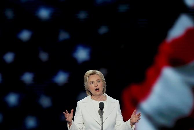Корреспондентам разрешат летать насамолете вместе сХиллари Клинтон