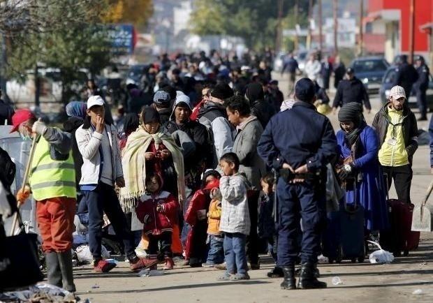 ВоФранции сгорел новый центр для беженцев