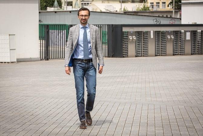 Лещенко задекларировал свою популярную квартиру