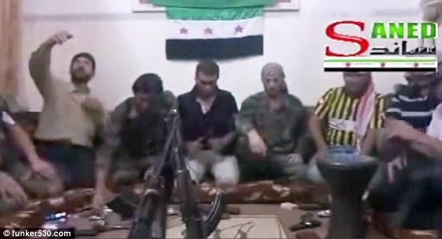 Боец Свободной сирийской армии подорвал себя при попытке сделать селфи