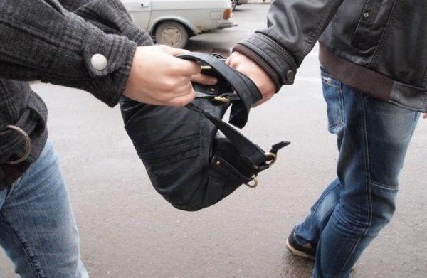 Забрали два млн.: милиция поведала подробности ограбления вкиевском ТРЦ