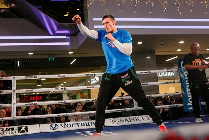 Русский боксер выразил желание сразиться вринге сУсиком