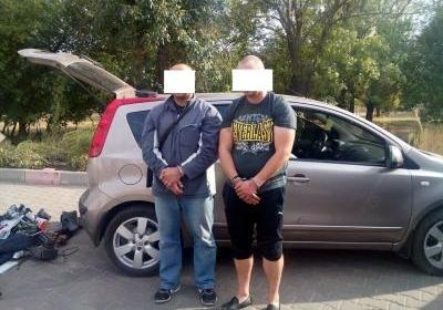 Таможенники задержали 2-х вооруженных одесситов