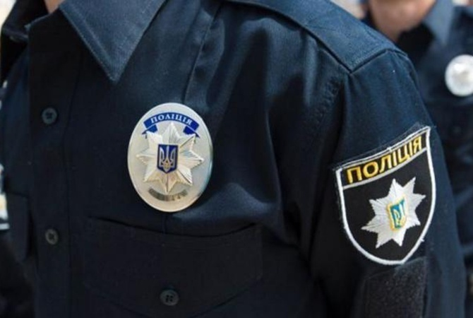 Инцидент около посольства: вКиеве нетрезвый избил военнослужащего