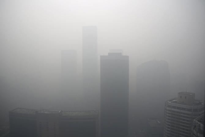 Уровень кислотного загрязнения атмосферы Земли упал— Экологи