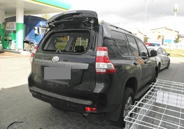 ВКиеве неизвестные украли млн. грн изавтомобиля